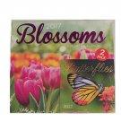 Blossoms 2017 12-Month Calendar and Butterflies Mini-Calendar