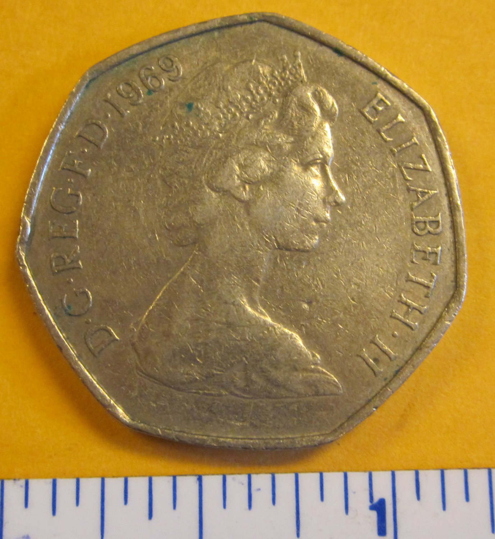 Great Britain 1969 50 NEW PENCE ELIZABETH II D.G. REGINA F.D.