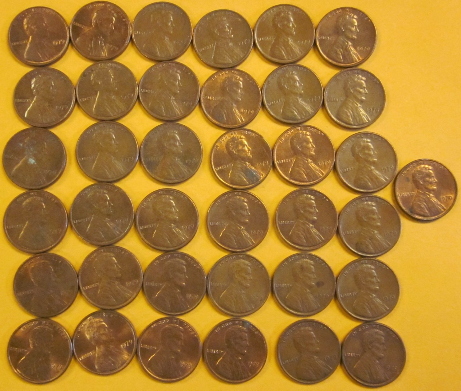 1979 NO MINT MARK UNITED STATES PENNIES 37 PIECES