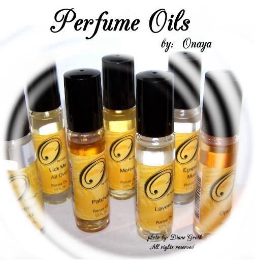 Garden ROSE  ~ ~ Body Oil, Perfume oil, roll on bottle