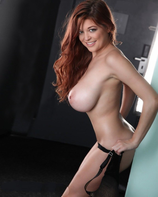 TESSA FOWLER Big Titted Beauty Goddess / 8x10 Glossy Finish Photo Print Nr 1