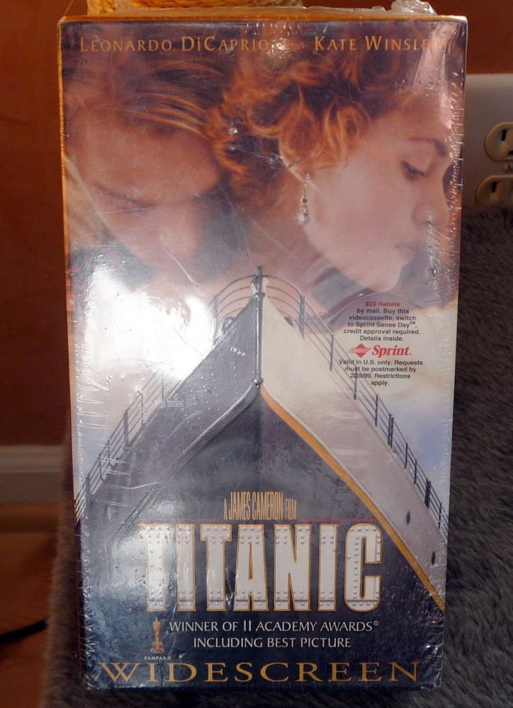 Sealed TITANIC Gold Box VHS THX Widescreen 1998 DiCaprio Winslet Cameron