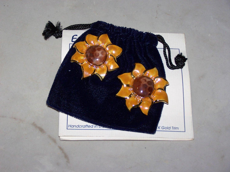 exclaymations art to wear handmade earings 22k gold trim nip