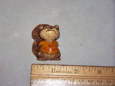 be thankful thanksgiving squirrel 1982 hallmark pin