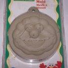 wilton sesame street cookie mold elmo nip 1998