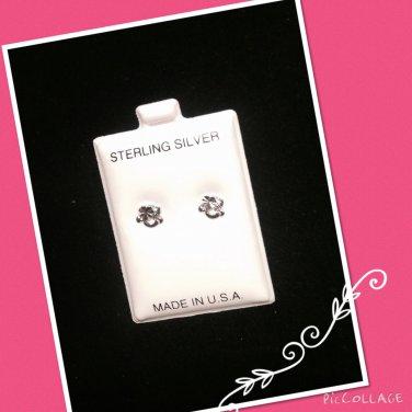 """""""Rocking Heart"""" Silver stud earrings"""