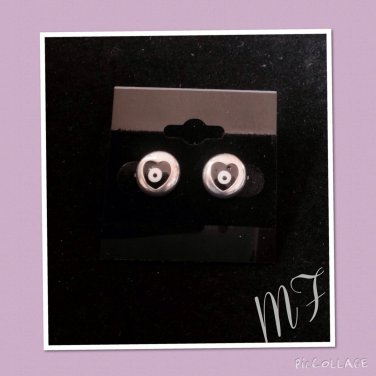 """Dark love Eyes"" fashion studs"