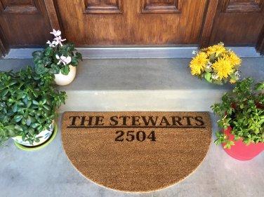 "Personalized Circular Door Mat - ""Stewart"" Style"