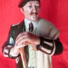 VINTAGE ROYAL DOULTON THE LAIRD SCOTTISH FIGURINE HN2361 DOULTON 1970