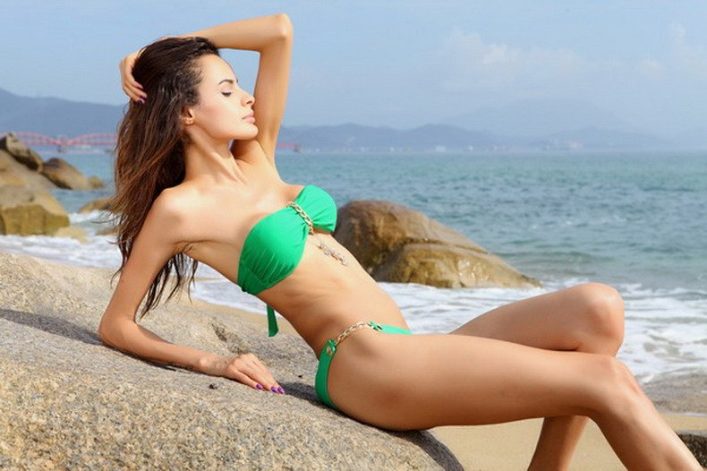 Free Shipping 2pcs Women Padded Green Anchor Charm Sexy Bandeau Bikini Size S/M/L