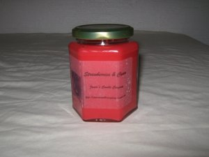 Strawberries & Cream Scented 12 Ounce Hexagon Jar Candle