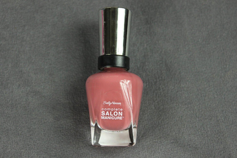 Sally Hansen SO MUCH FAWN Complete Salon Manicure Nail Polish