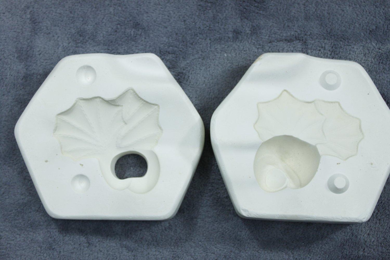 Vintage Plaster Ceramics Casting Mold- Dona's Molds #2356 Stem & Leaves