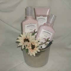 Pretty N Pink Gift Basket