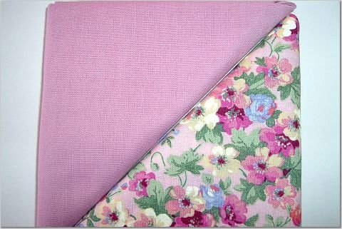 Mauve Floral Bouquet n Solid Mauve - Two FAT Quarters (2772)