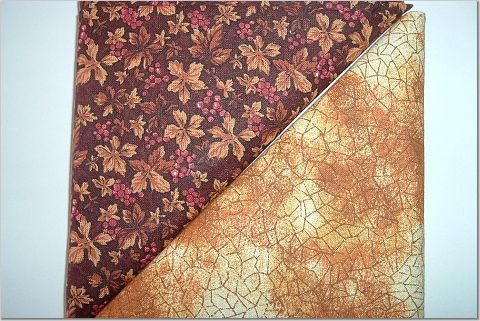 Butterscotch Crackle n Brown Leaves w/Berries Print - Two FAT Quarters (2773)