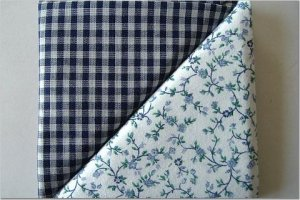 Navy Gingham n Tiny Blue Floral Print - TWO Fat Quarters (2842)