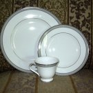 WATERFORD CARINA 3PC SET DINNER PLATE, SALAD PLATE CUP