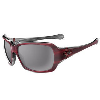 Oakley Script Sunglasses Cherry Gray With Hard Case/ Cloth $165.00 Retail