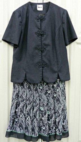 Petites LESLIE FAY 2 Piece Skirt Set Size 10 P Short Sleeve Top Lined Skirt
