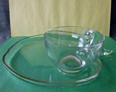SET of 4 Clear Glass Tea/Coffee Cups & Sandwich Plates Apple Shape 4oz*8.5''X8''