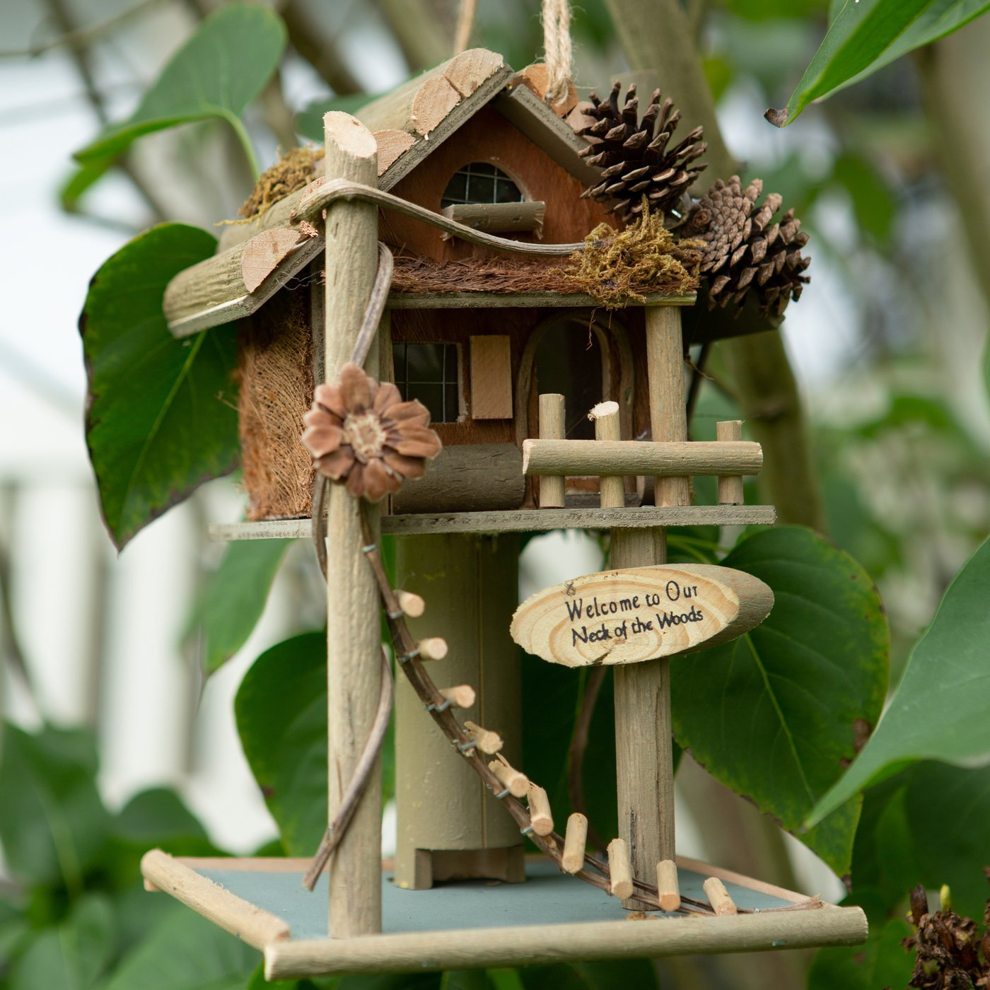 Welcome Rustic Elevated Tree House Birdhouse