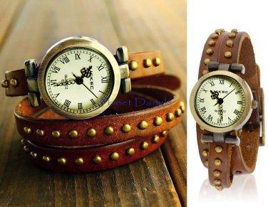 Vintage Style Wrist Watch with  Three-Loop Strap Bracelet
