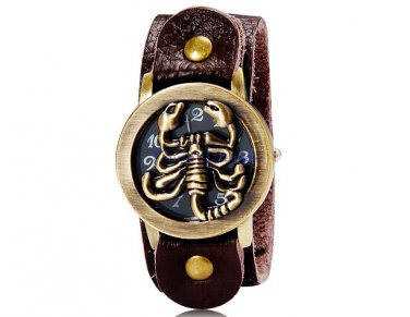 Scorpion Flip Cover Antiqued Style Unisex Leather Round Dial Analog Watch