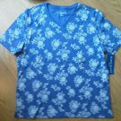 Ladies Karen Scott Sport Shirt Top blue Wh Flower Cotton Size M Scoop Neck NEW