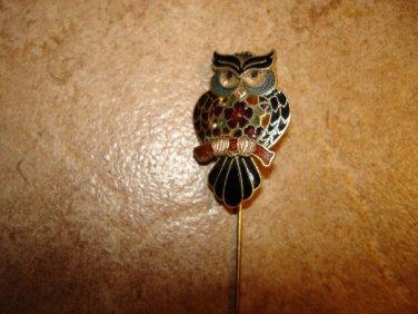 Vintage cloisane metal pin in shape of owl.