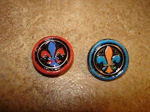 Two nicely painted silver metal buttons with Celtic sign.