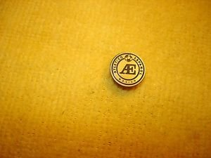 Vintage Atletico Espanol Mexico football badge pin offered by MTH