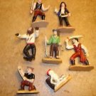 Lot of 7 action figures pirets, skelatin.