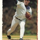 Mike Morgan 1995 Topps #121 Chicago Cubs Baseball Card