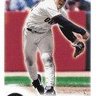 Bill Mueller 2000 Fleer Focus #35 San Francisco Giants Baseball Card