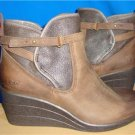 UGG Australia EMALIE Stout Waterproof Leather Ankle Boots Size US 8 NIB #1008017