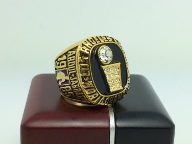 1985 Los Angeles Lakers  Basketball NBA Championship Ring 10 Size With wooden box