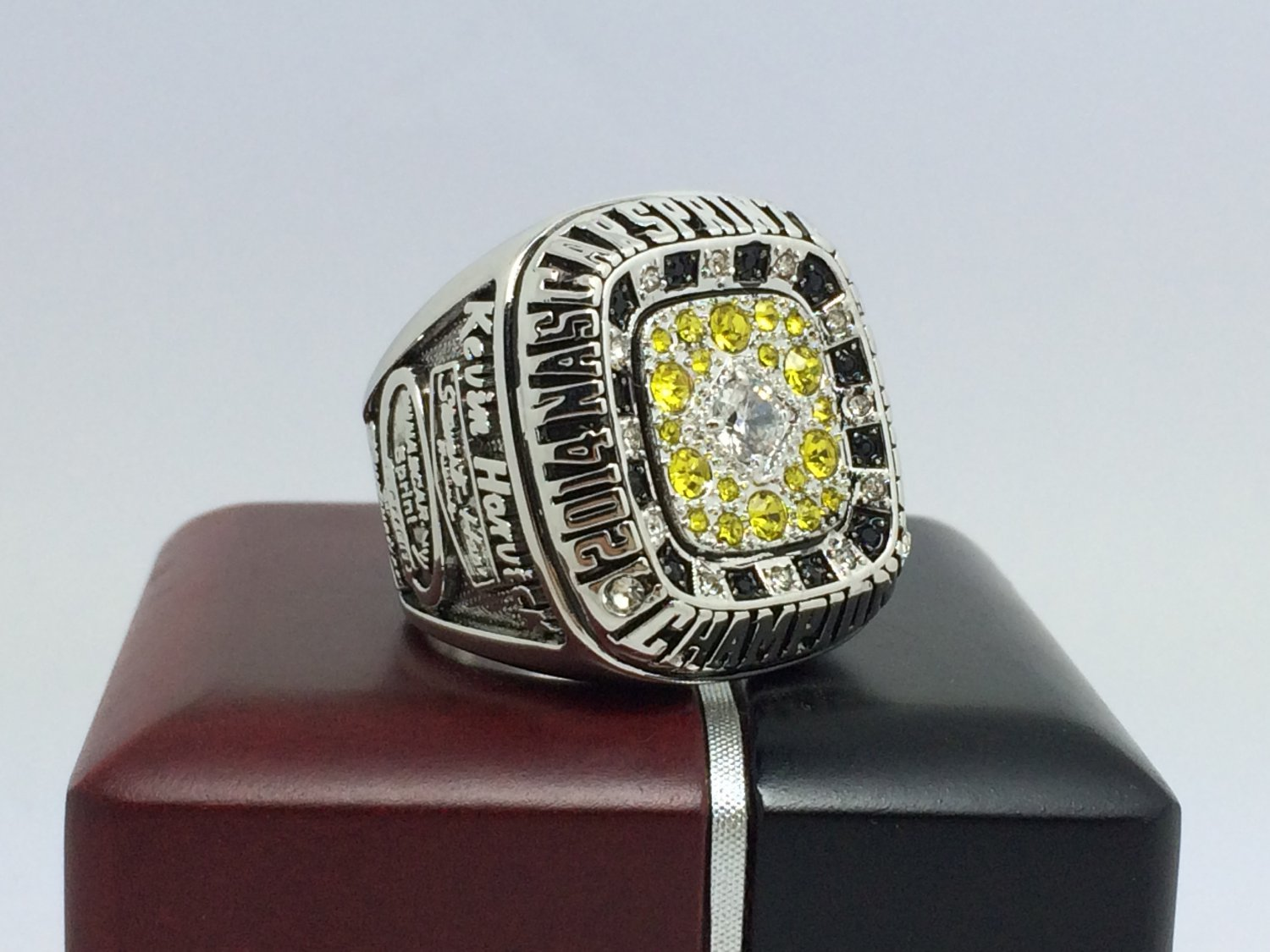 2014 Stewart-Haas Racing Sprint Cup Championship Ring for Kevin Harvick 8-14 size with box