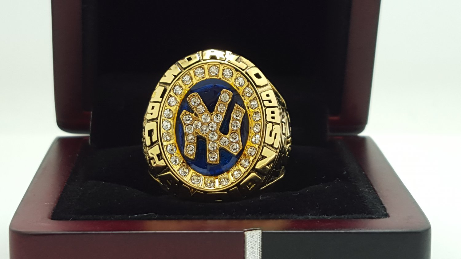 1998 New York Yankees world series Championship Ring Name Jeter 11 Size With wooden box