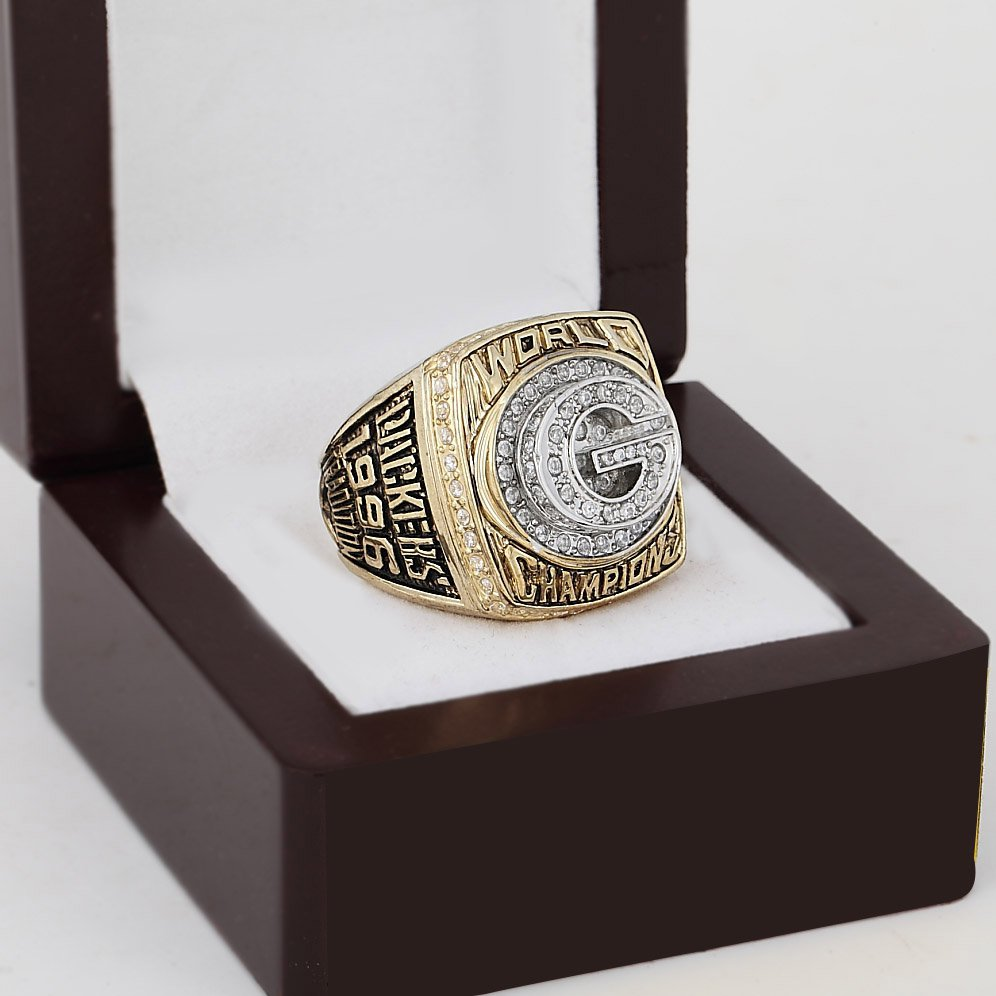 1996 Green bay packers super bowl Championship Ring 10-13 Size With wooden box
