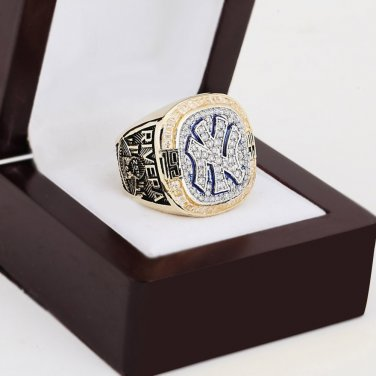 1999 New York Yankees World Series Championship Ring Size 10-13 With a nice wooden case