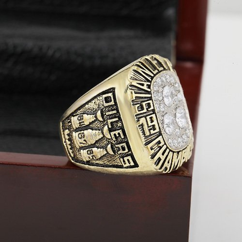 1987 EDMONTON OILERS Hockey Championship Ring Size 10-13 With a nice wooden case