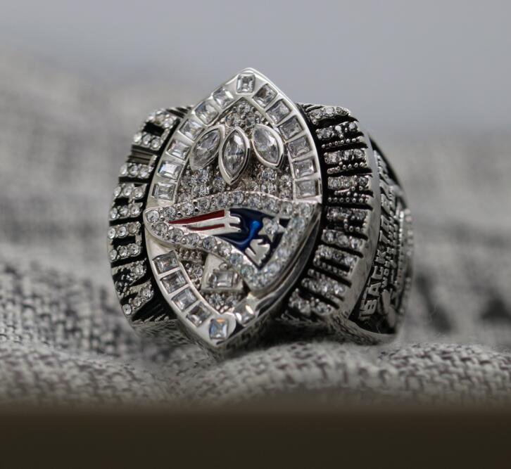2004 New England Patriots super bowl championship ring 8-14S in stock Tom Brady