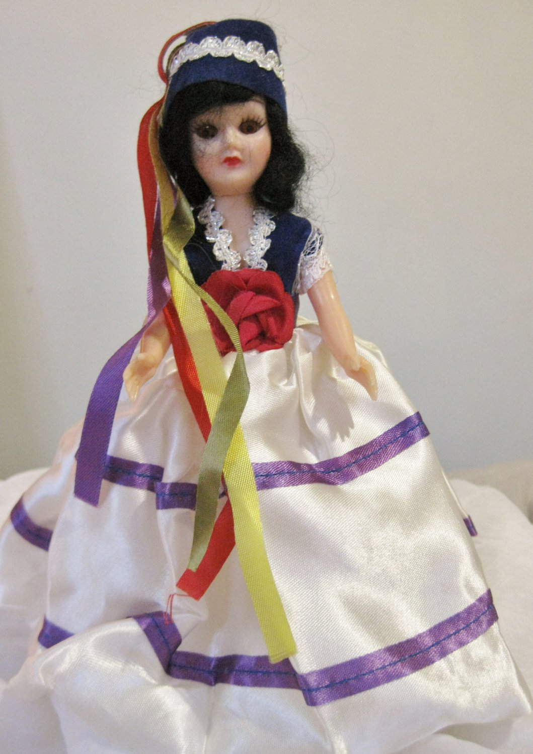 """Vintage 1960's dolls of the world doll """"Greece"""""""