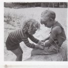 Ruth orkin - Best Friends - mary & andy 1965 [Greeting Card] Rare Item