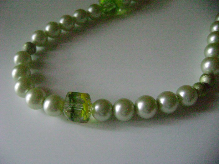 Refreshing Green Pearl Necklace