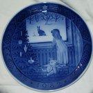 ROYAL COPENHAGEN Christmas Plate 1982 Waiting Christmas