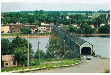 New Brunswick Postcard Hartland Worlds Longest Covered Bridge