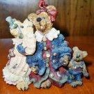"Boyds Bears –- ""Louella & Hedda The Secret"" Figurine"