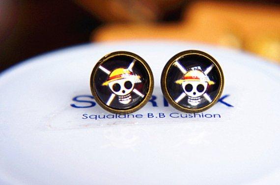 10mm Pirate Skull Earrings Glass Dome Earrings Head Crossbone Luffy Studs Earrings